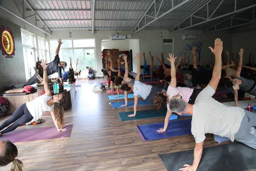 Yoga Retreats - 7 Key Benefits Of Going On A Yoga Retreat