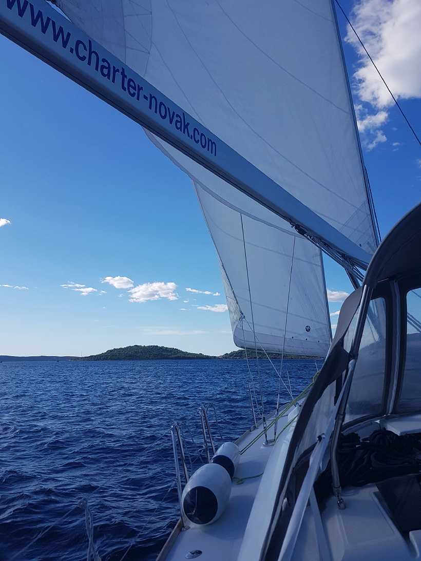 Mindfulness and Sailing Retreat: Kornati - Slide 1
